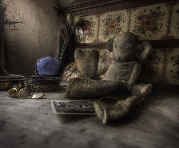 Rooms-full-of-old-toys-and-decay-at-abandoned-manor-house